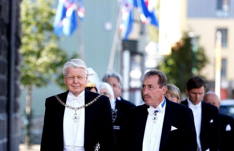 Markús Sigurbjörnsson ásamt þáverandi forseta, Ólafi Ragnari Grímssyni, við embættistöku ...