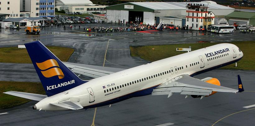 The Boeing 757 is the mainstay of the current Icelandair ...