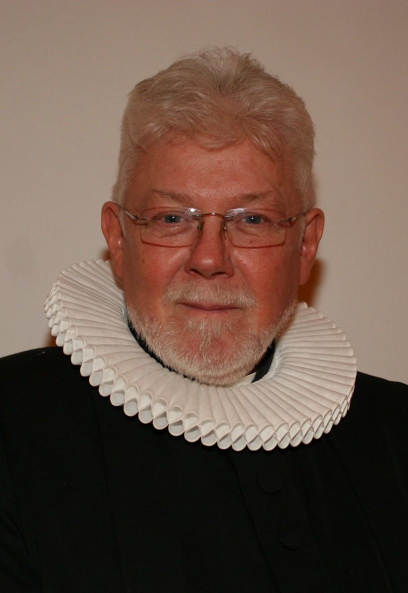 Séra Sigurður Rúnar Ragnarsson, sóknarprestur í Neskaupstað,