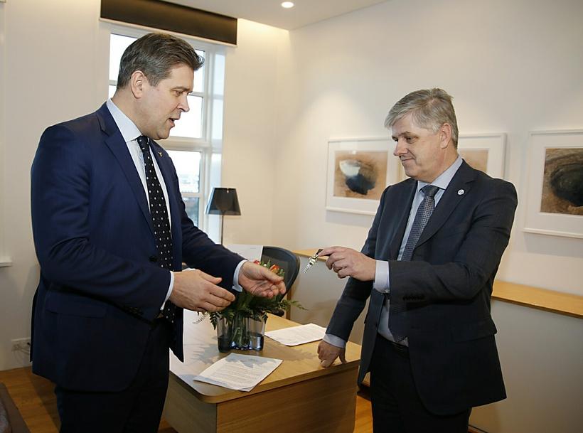 Prime Minister Bjarni Benediktsson and Finance Minister Benedikt Jóhannesson.