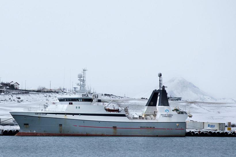 Grænlenski togarinn Polar Nanoq við bryggju í Hafnarfjarðarhöfn.