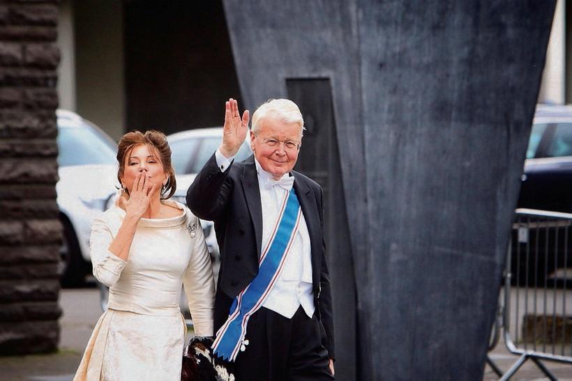 Former First Lady Dorrit Mousaieff and former President Ólafur Ragnar ...