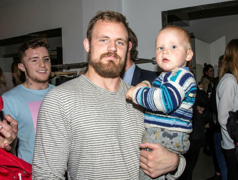 Gunnar Nelson with his son Stígur Týr Nelson.