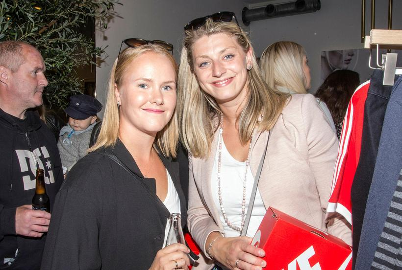 Brynja Einarsdóttir and Eva Demireva.