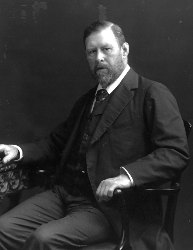 Irish author Bram Stoker.
