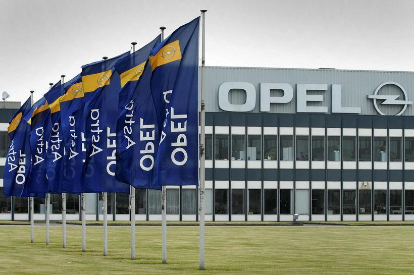 Bílsmiðja Opel í Antwerpen í Belgíu.