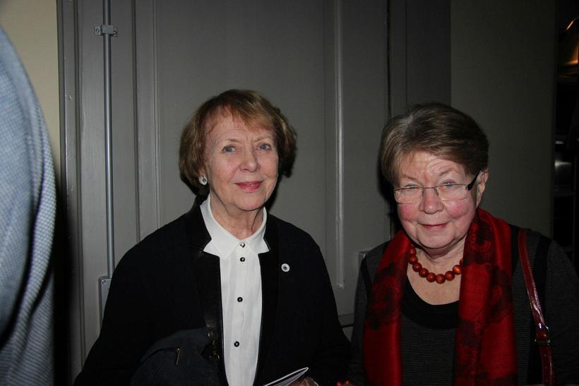 Vigdís Finnbogadóttir og Anna Einarsdóttir.