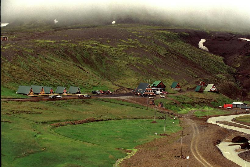 There are huts and a camping area in Kerlingarfjöll.