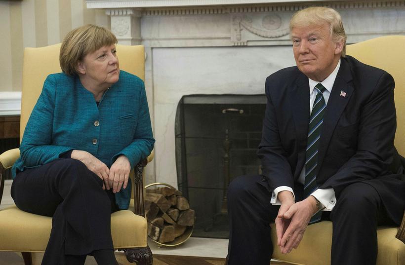 Merkel og Trump á forsetaskrifstofu Hvíta hússins.