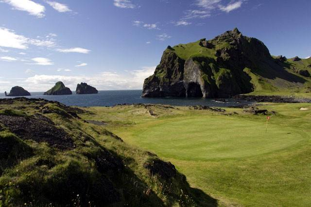 There are few golf courses with a view that can ...