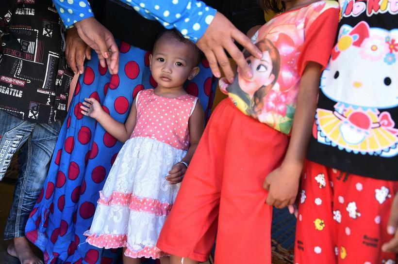 80% stúlkubarna í Gorontalo, 11 ára og yngri, hafa verið ...