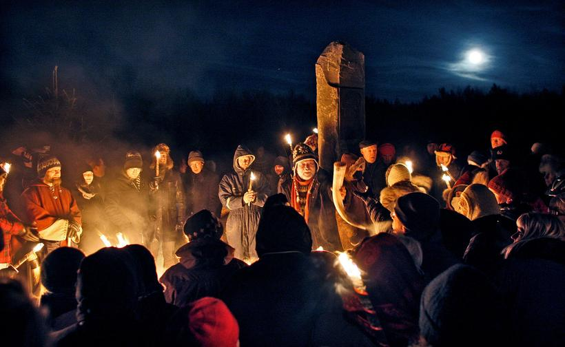 An Ásatrú ceremony celebrating the Winter Solstice at Öskjuhlíð in ...