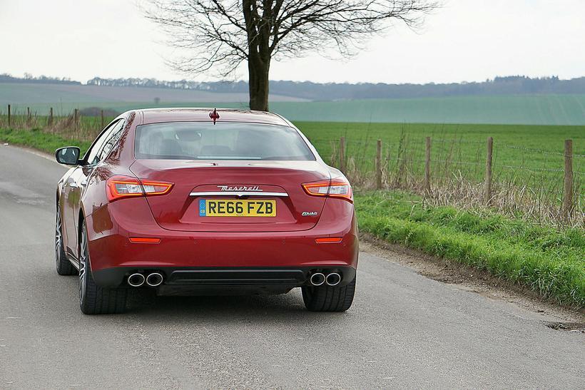 Á sport-stillingu framkalla hátalarar alvöru Maserati hljóð. Hljómurinn er fagur ...