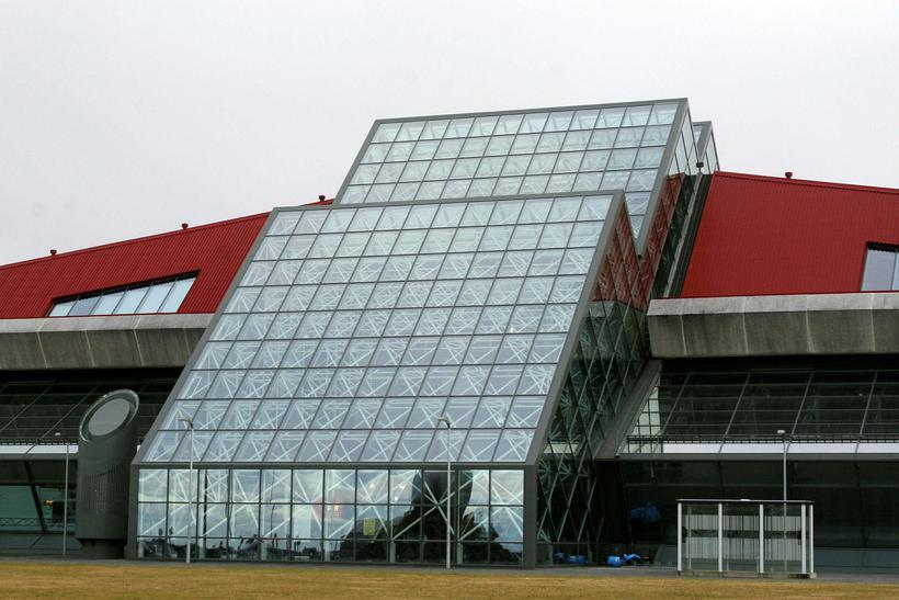 The Leifur Eiríksson terminal.