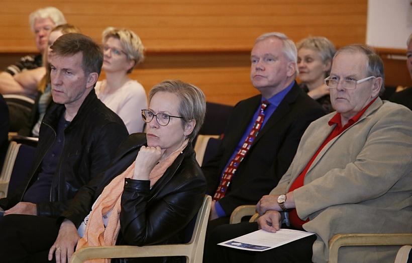 Gestir á ráðstefnu Alþjóðamálastofnunar, Ingibjörg Sólrún Gísladóttir og Hannes Hólmsteinn …