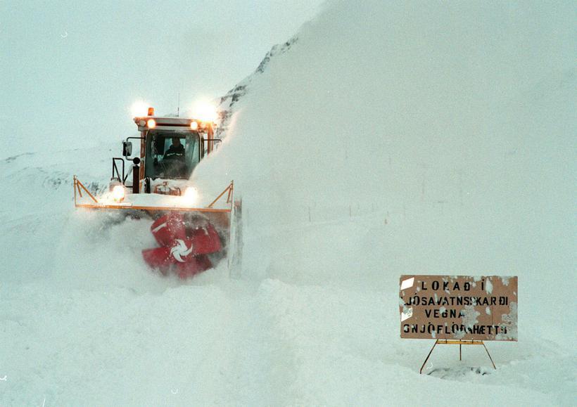 The road over Víkurskarð is is often impassable in winter.