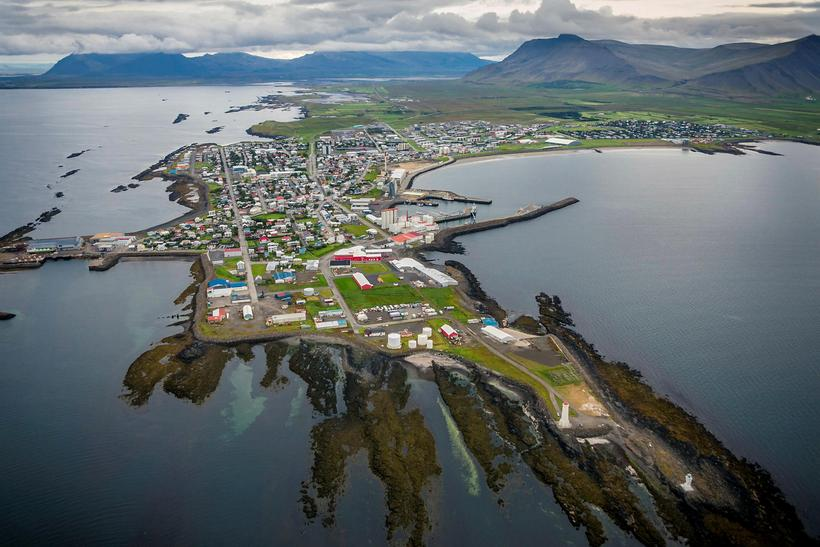 Driving to Akranes from Reykjavik city centre takes just under ...