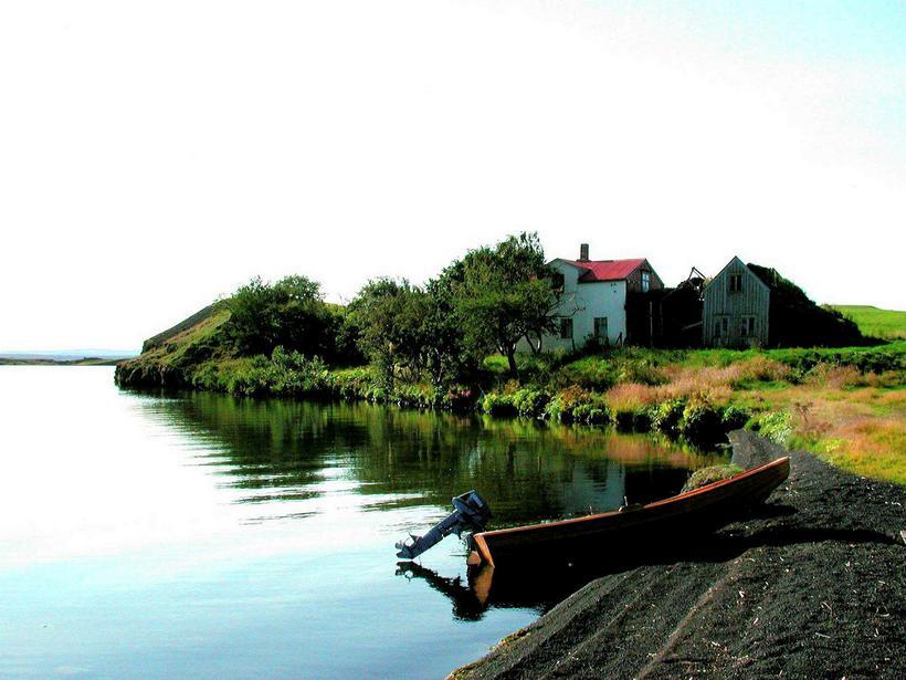 Kálfaströnd Farm by lake Mývatn.