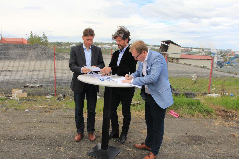 Ingvi Jónasson hjá Klasa, Dagur B. Eggertsson, borgarstjóri Reykjavíkur, og ...