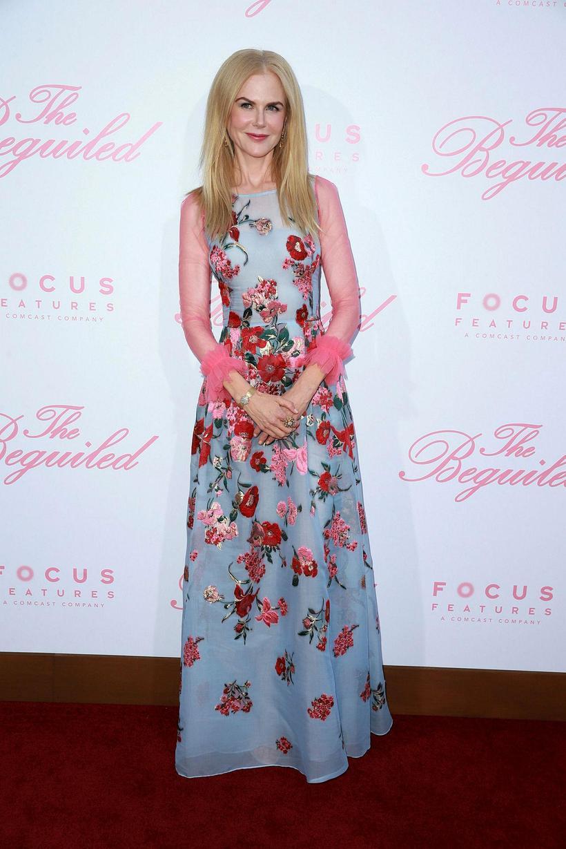 Nicole Kidman á rauða dreglinum í kjól frá Carolinu Herrera.