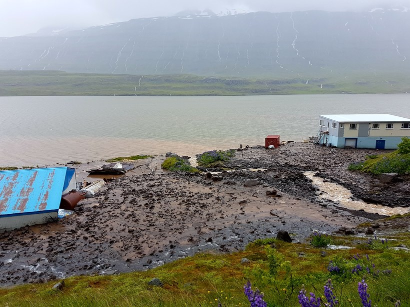 The mudslide hit two houses in Seyðisfjörður