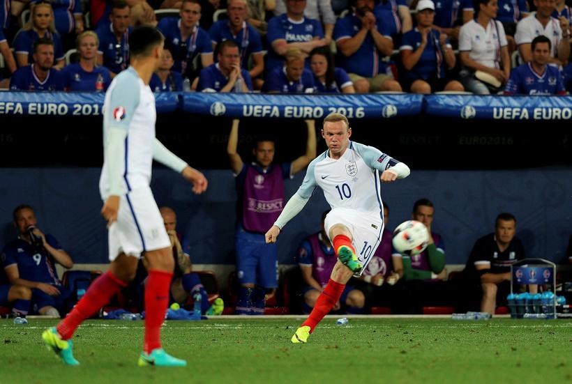 Wayne Rooney er kominn til uppeldisfélagsins Everton frá Manchester United, ...