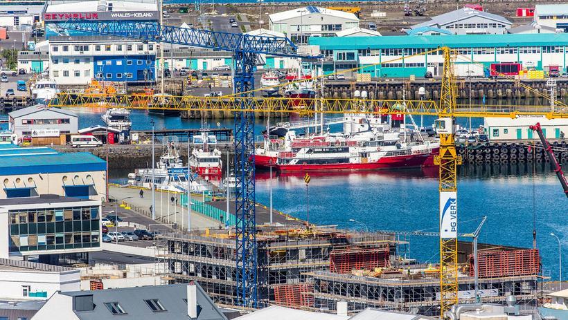 Uppbygging við Reykjavíkurhöfn.