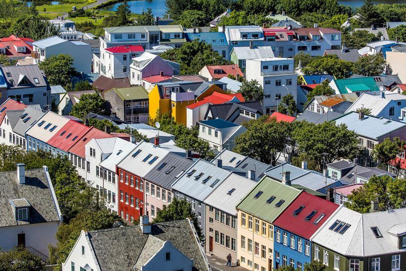 Breki segir viðskiptavini Airbnb á Íslandi og annars staðar í ...