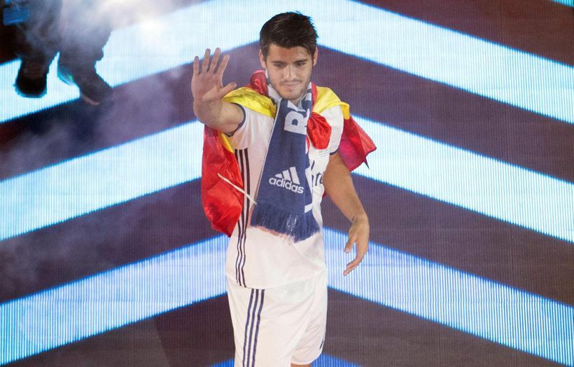 Spænski framherjinn Álvaro Morata er kominn til Chelsea frá Real ...