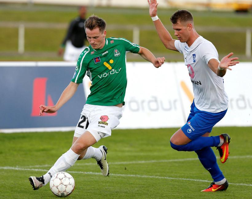 Viktor Örn Margeirsson í leik með Breiðabliki.