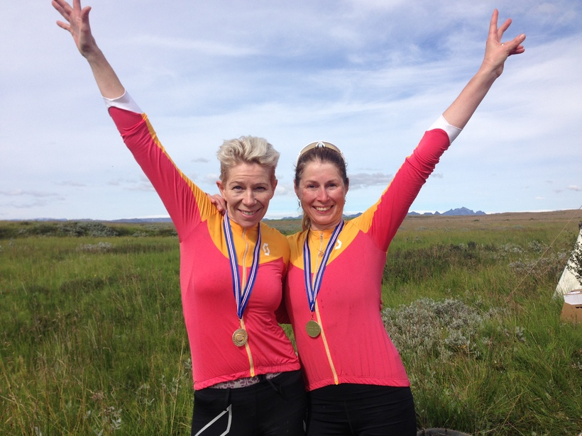 Brynhildur Georgsdóttir og Erla Aðalsteinsdóttir tóku þátt í WOW Glacier ...