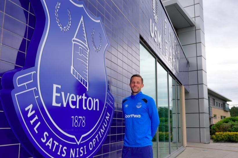 Gylfi er orðinn leikmaður Everton.