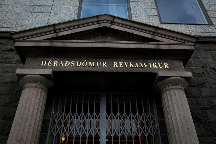 Gæsluvarðhald yfir Sveini Gesti Tryggvasyni hefur verið framlengt til 31. ...