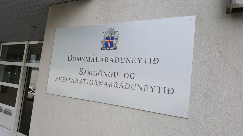 Dómsmálaráðuneytið.