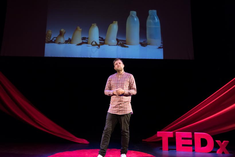 Ari Jónsson á TEDxReykjavík.