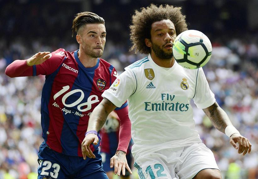 Marcelo í leik með Real Madrid gegn Levante um síðustu ...
