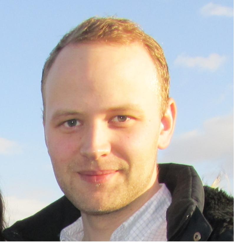 Magnús Davíð Norðdahl er lögmaður fjölskyldunnar.