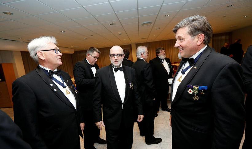 Fremstir eru frá vinstri Jóhann Bogason, Atli Ingvarsson og Grétar ...