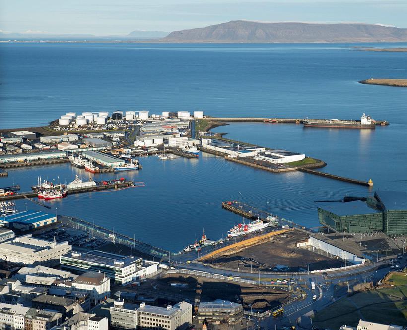 Horft yfir Reykjavíkurhöfn.